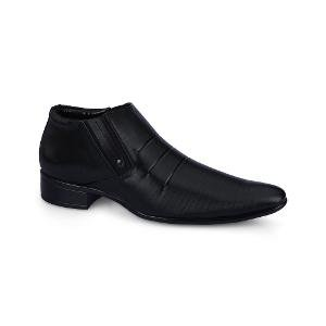 F9 Classic Solid Black Colored Formal Shoes for Men