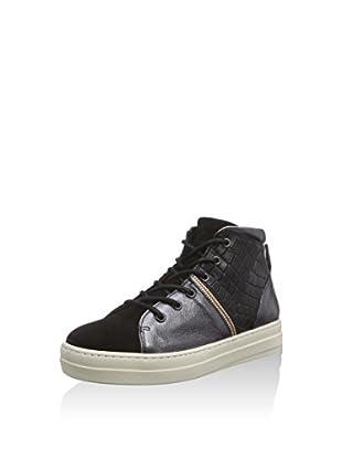 Nobrand Hightop Sneaker