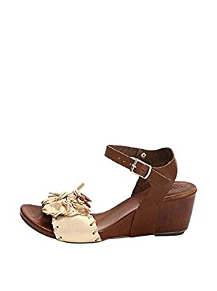 Bueno Shoes Sandalias de cuña Hebilla