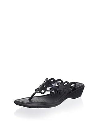 Geox Women's Coral 31 Thong Sandal (Black)