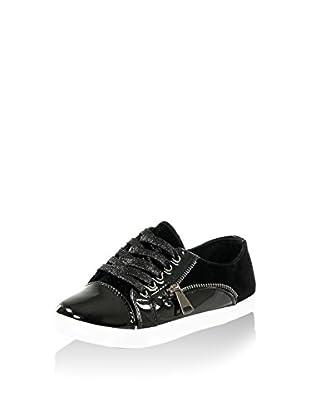 Ideal Sneaker