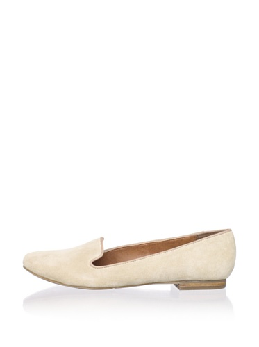 DV by Dolce Vita Women's Gilly Flat (Natural Suede)