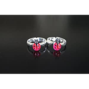 Gajgauri Silver Toe Ring in Silver, Bright Pink & Black