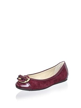 Adrienne Vittadini Footwear Women's Jayla Ballet Flat (Merlot)