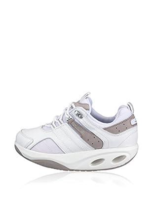 Chung Shi Sneaker
