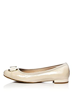 Rockport Bailarinas Atarah Buckle Pump (Beige)