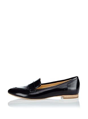 L37 Loafer