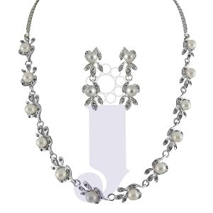 FASHION JEWELLERY FOR WOMAN