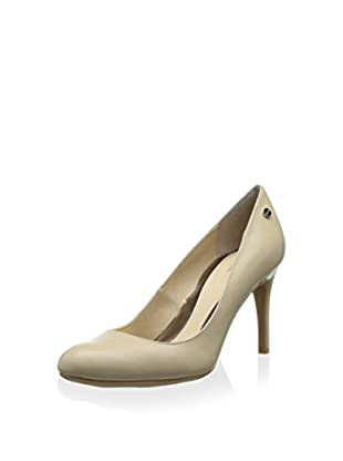 Calvin Klein Women's Lana Dress Pump (Natural)