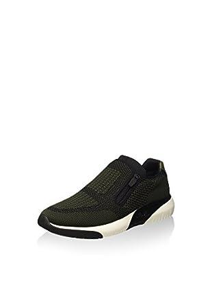 Sneaker Sting