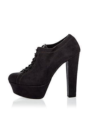 Niña Morena Zapatos Abotinados