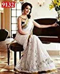 Bollywood Actress Madhuri Dixit Fashionable Beautiful Saree