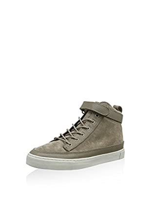 Hub Hightop Sneaker Akita L37