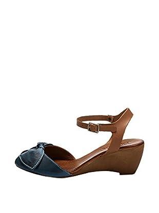 Bueno Shoes Sandalias de cuña Pespuntes