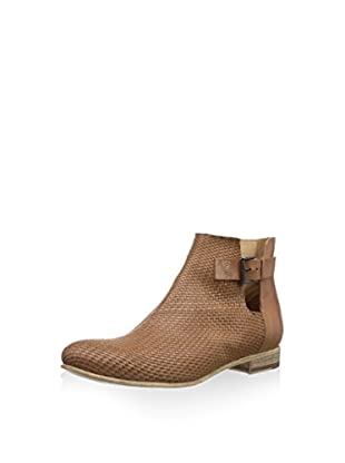 Objects in Mirror Chelsea Boot E351