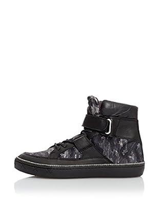 Steve Madden Hightop Sneaker Groto