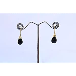 eNV Drops to give a famanine delicate look Earring