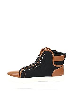 Elong Hightop Sneaker