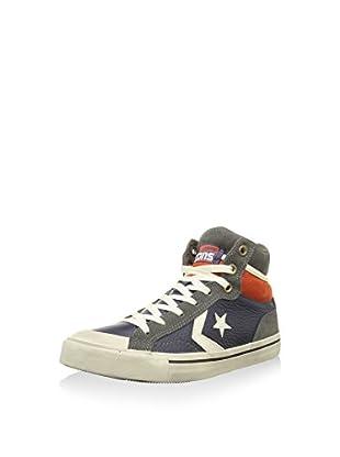 Converse Hightop Sneaker