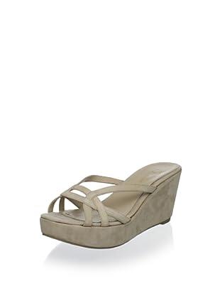 Delman Women's Chaya Platform Sandal (Pebble Nubuck)