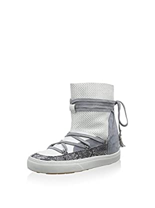IKKII Boot Alasie