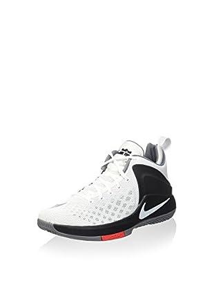 Nike Sneaker Lebron Witness