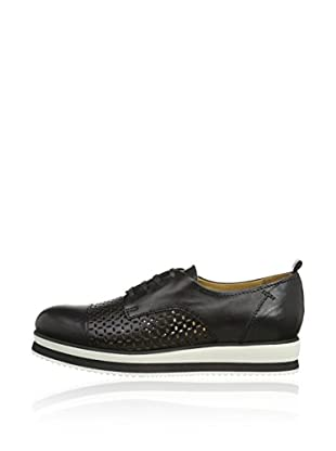 Objects in Mirror Zapatos Derby B001 (Negro)