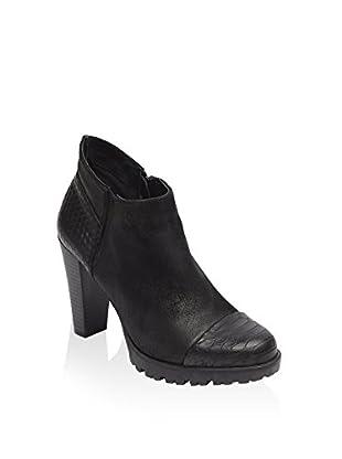 UMA Ankle Boot