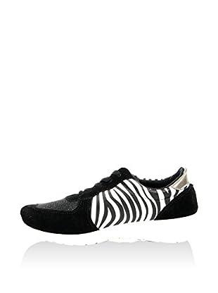 Poti Pati Sneaker