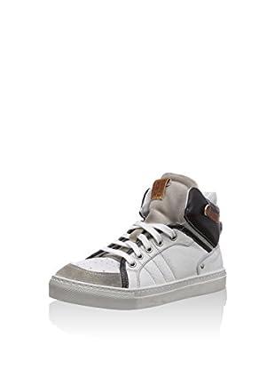Momino Hightop Sneaker
