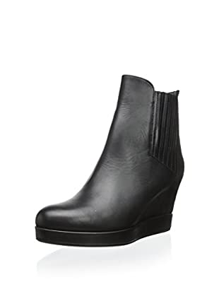 Surface to Air Women's Okie Wedge Bootie (Black)