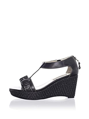 Adrienne Vittadini Women's Cliff Platform Sandal (Black)