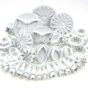 33 Piece Cake Decorating Sugarcraft Set with Plunger Cutters by Kurtzy TM