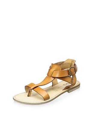 YIN Women's Allie Flat T-Strap Sandal (Cuoio Vaqueta)