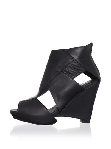 Farylrobin Women's Marisol Wedge Sandal (Black)