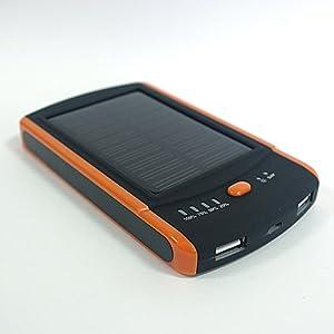 スマートフォン・タブレットに対応 スマートチャージャー 6000mAh 大容量