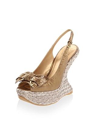 Stuart Weitzman Women's Softbow Wedge Sandal (Old Gold Pearl Vecchio)