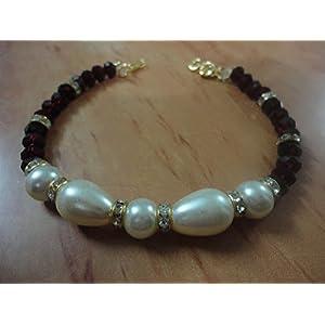 Mona Jewels Pearl Bracelet in Cream and Maroon