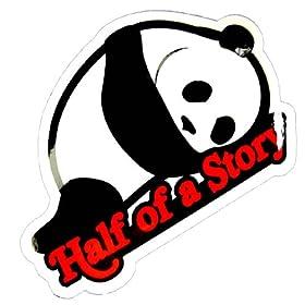 コトワザステッカー/パンダ《話半分/Half of a Story》防水加工 シネマコレクション