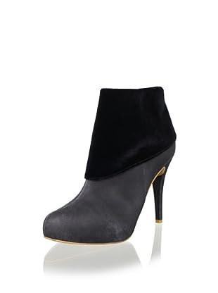OlsenHaus Women's Yoda Boot (Black/Black Velvet)