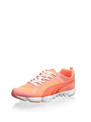 PUMA Women's Formlite XT Ultra Cross-Training Shoe (Fluorescent Peach)