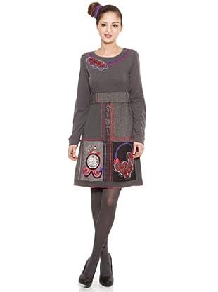 Poupé Chic Vestido Casetones Antiq (Gris)