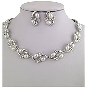 CYAN Pearl and Crystal Rhodium Plated Necklace set with earrings