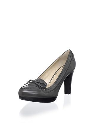 Adrienne Vittadini Footwear Women's Pacific Platform Pump (Graphite)