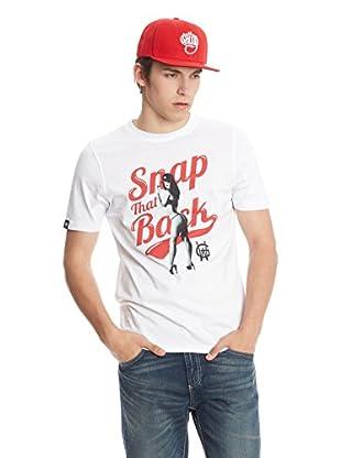 Wrung T-Shirt Snap That Back
