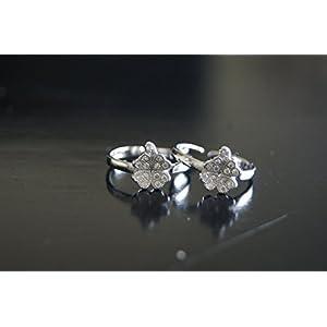 Gajgauri Silver Toe Ring in Silver