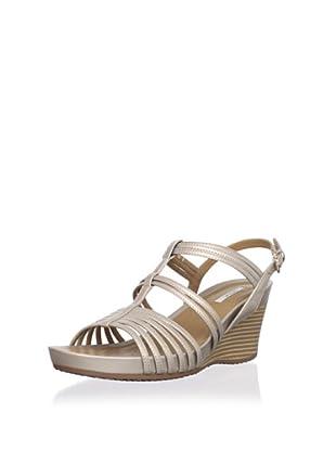 Geox Women's Roxy 37 Wedge Sandal (Champagne)