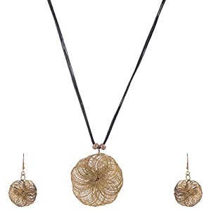 The Crazy Neck Metal Wired Pendant Neck Piece Woven In Black Leather Textured Thread jewellery Set