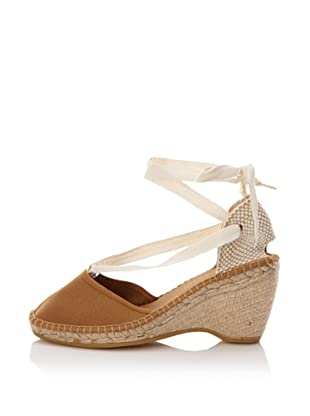 André Assous Women's Holiday Ribbon Tie Espadrille (Toast)