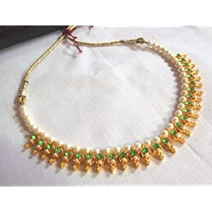 Necklaces - Green Pearl Necklace